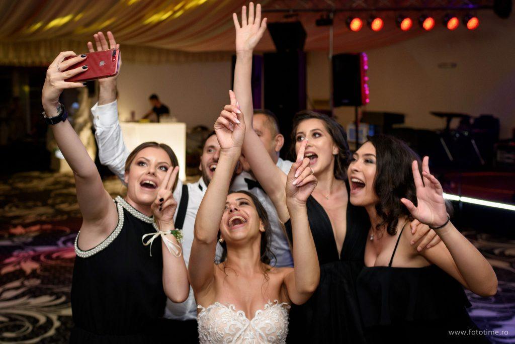 Bucurati-va de orice moment, ca dupa nunta sa nu aveti niciun regret.